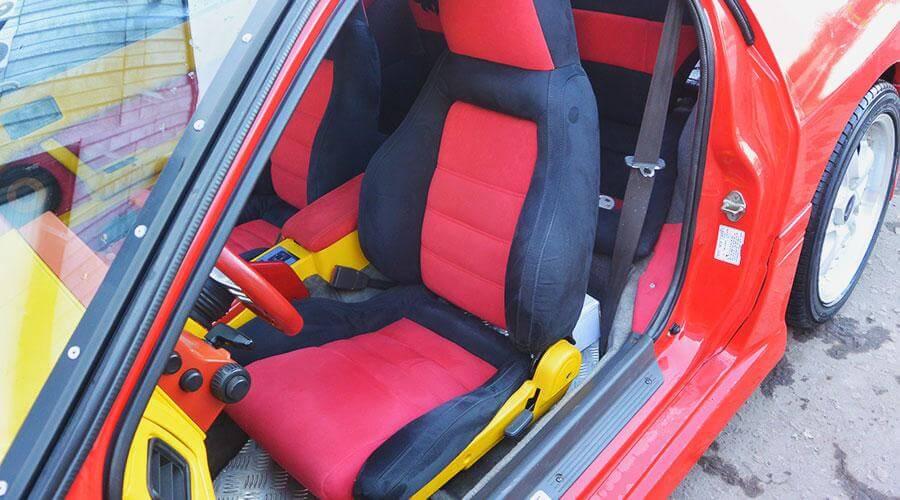 Разработка дизайна и перетяжка сидений Mazda RX7