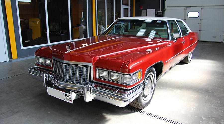 Ремонт обивки на дверях Cadillac Fleetwood Brougham