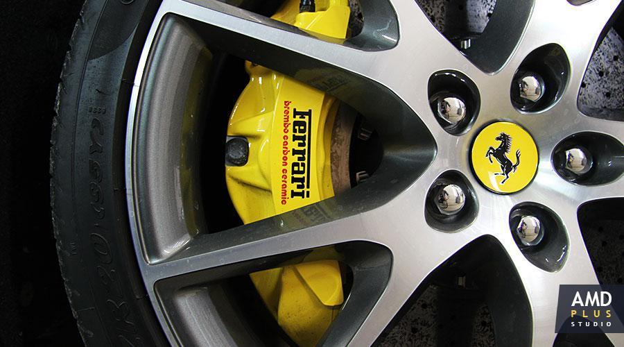 Полировка дисков автомобиля Ferrari California T