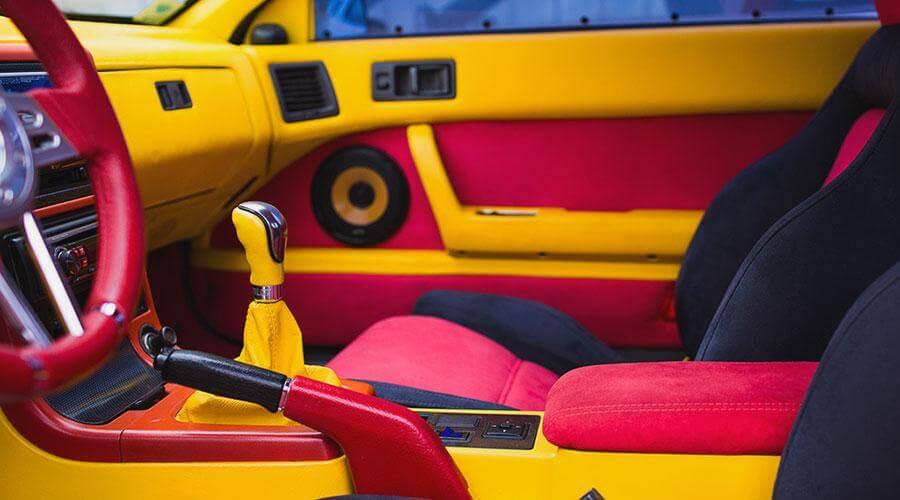 Разработка дизайна и покраска салона Mazda RX7