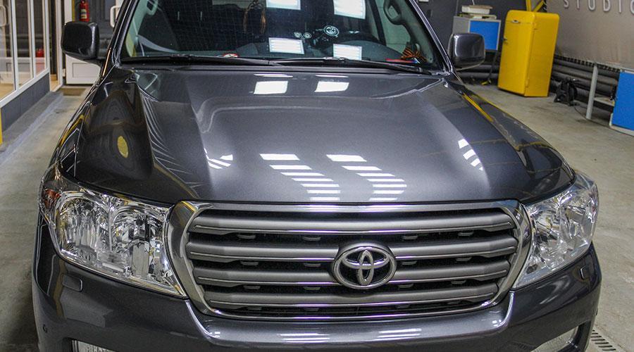 Полировка бампера Toyota LK 200